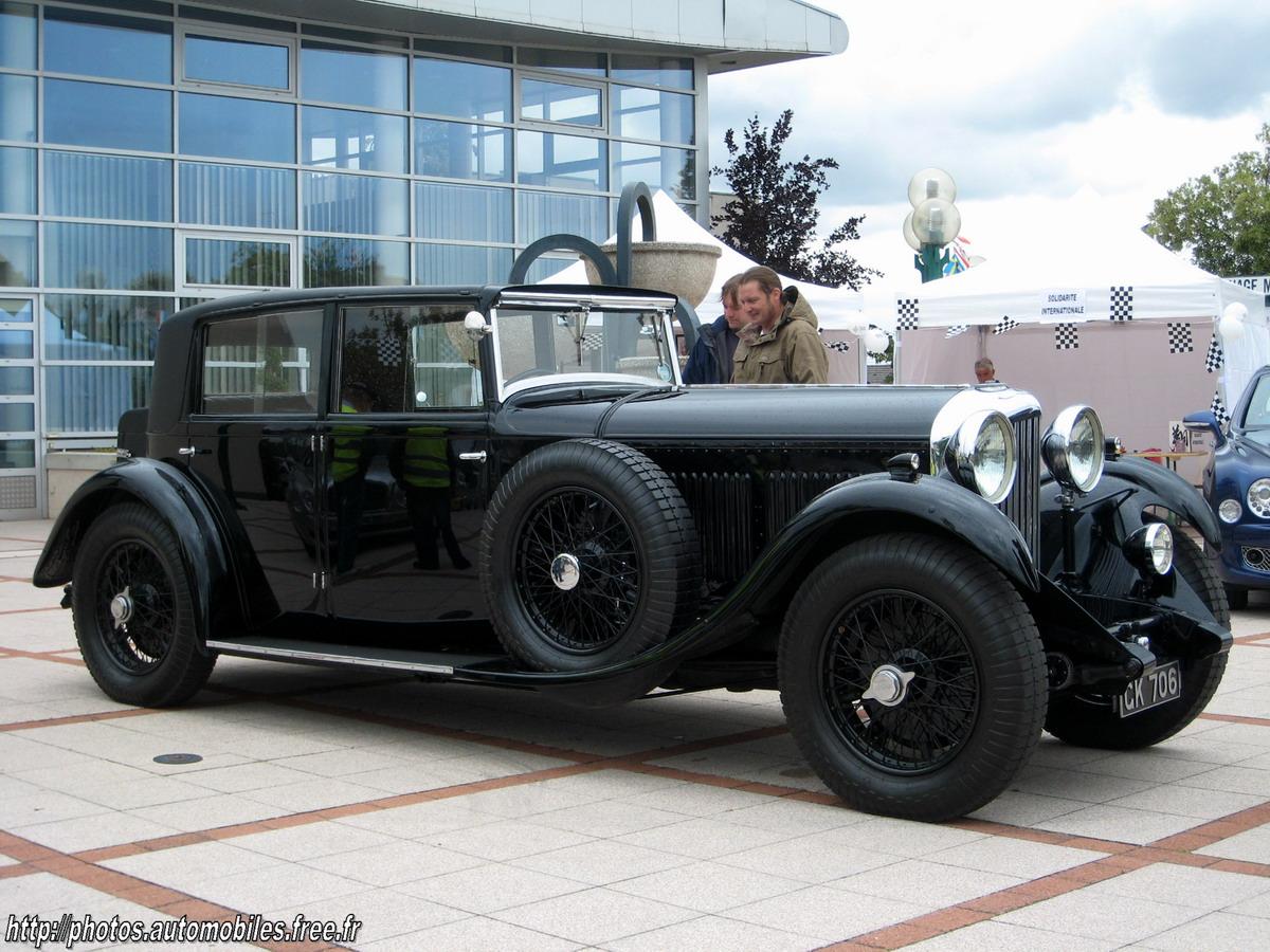 Bentley 8 litre saloon (voiture du fondateur de la marque bentley)